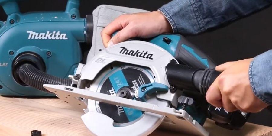 Cortadora a batería Makita 18V para madera