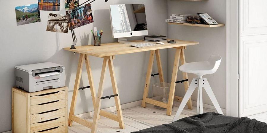 Madera de pino es buena y usada en escritorio