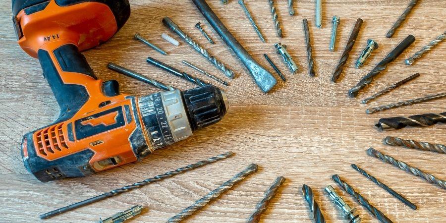 Taladro y tipos de mandril para cortar o perforar madera